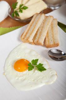 Pečena jajca na oko