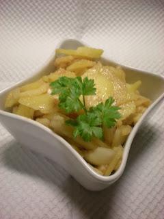 Krompirjeva solata s čebulo
