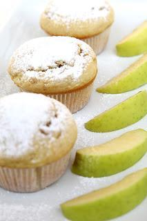 Jabolčni mafini / muffini s cimetom