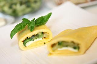 Jajčna omleta z bučkinim in feta nadevom