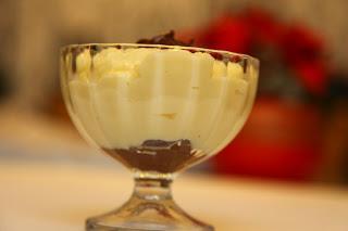 Vanilijev puding z nutelo