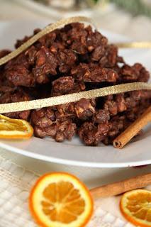 Enostavni in najhitrejši piškotki z oreščki, rozinami in čokolado