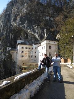 Obisk Postojnske jame in Predjamskega gradu