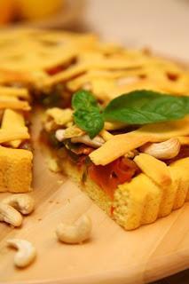 Koruzna pita po kitajsko s korenjem in papriko
