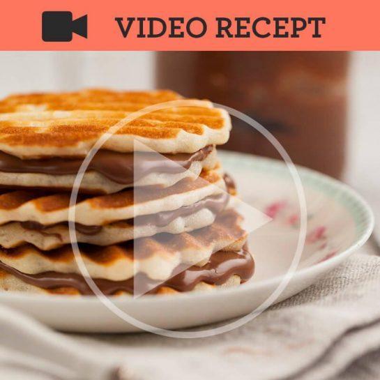 Vafelj sendviči z domačo Nutello – Čokoladno lešnikovim namazom