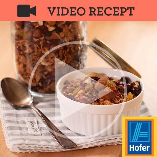 Zdrava hrustljava granola z oreščki in suhim sadjem