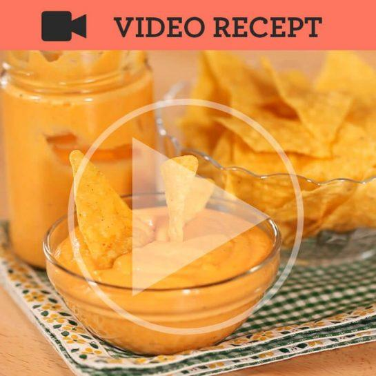Domači nacho sir s tortiljinim čipsem