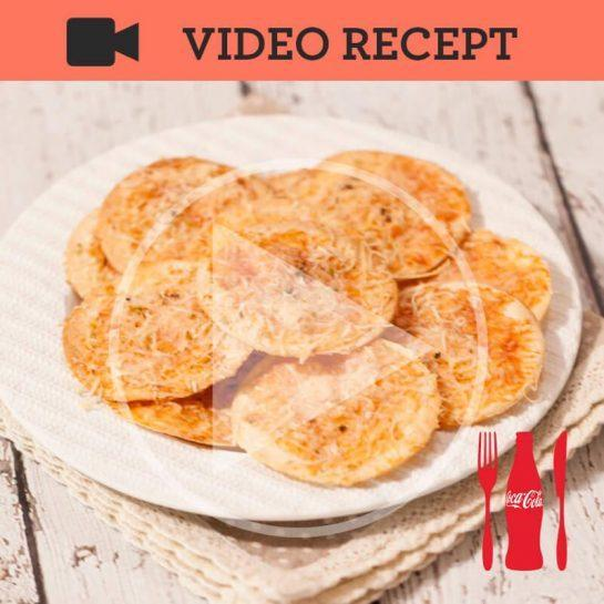 Mini tortilja pica margerite s parmezanom