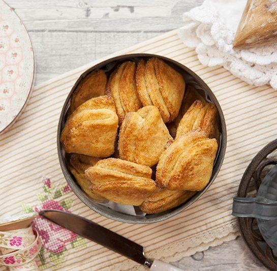 Turški hrustljavi skutini sladkorni piškoti