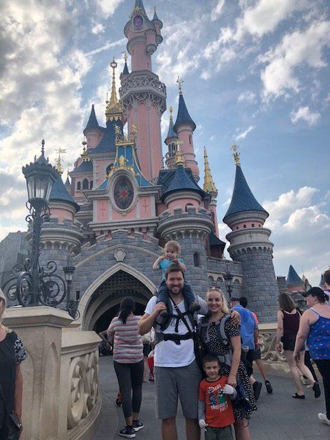 Družinski road trip po Evropi: četrta postaja Pariz – Disneyland