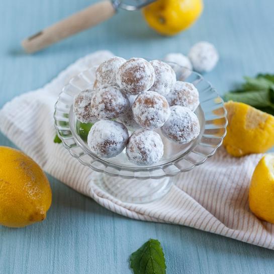 Limonine kroglice z belo čokolado