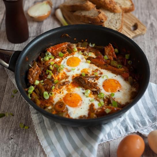 Skušin sataraš z jajcem