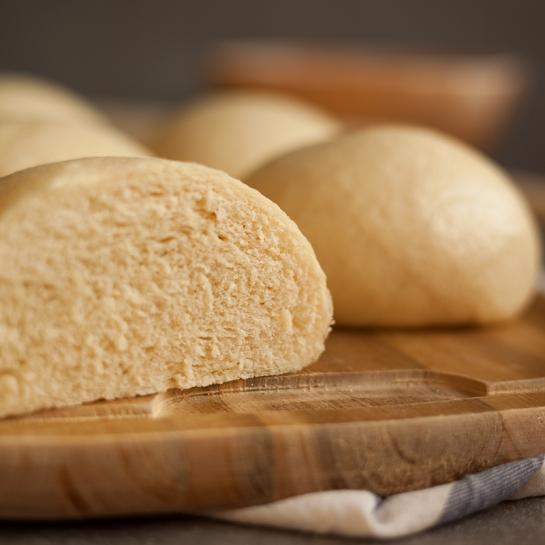 Na pari kuhani kruhovi hlebčki/bombetke