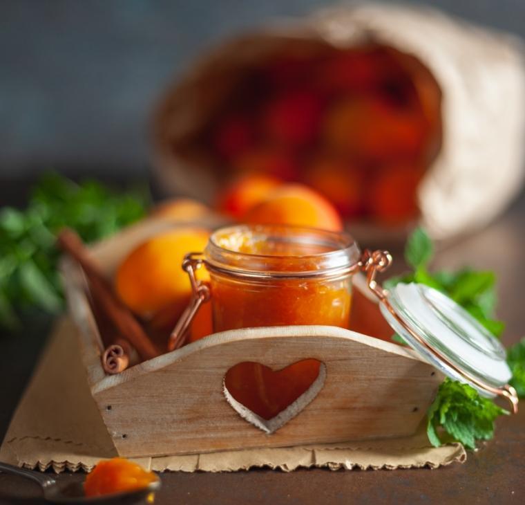 Medena marelična marmelada
