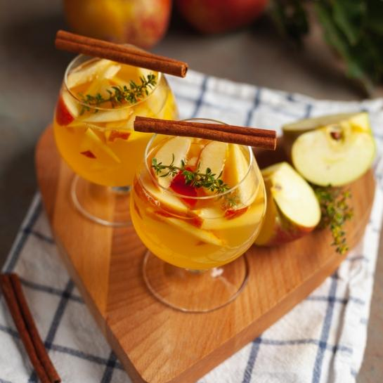Jabolčni rumovček – dva recepta v enem