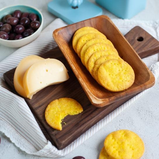 Krhki sirovi krekerji