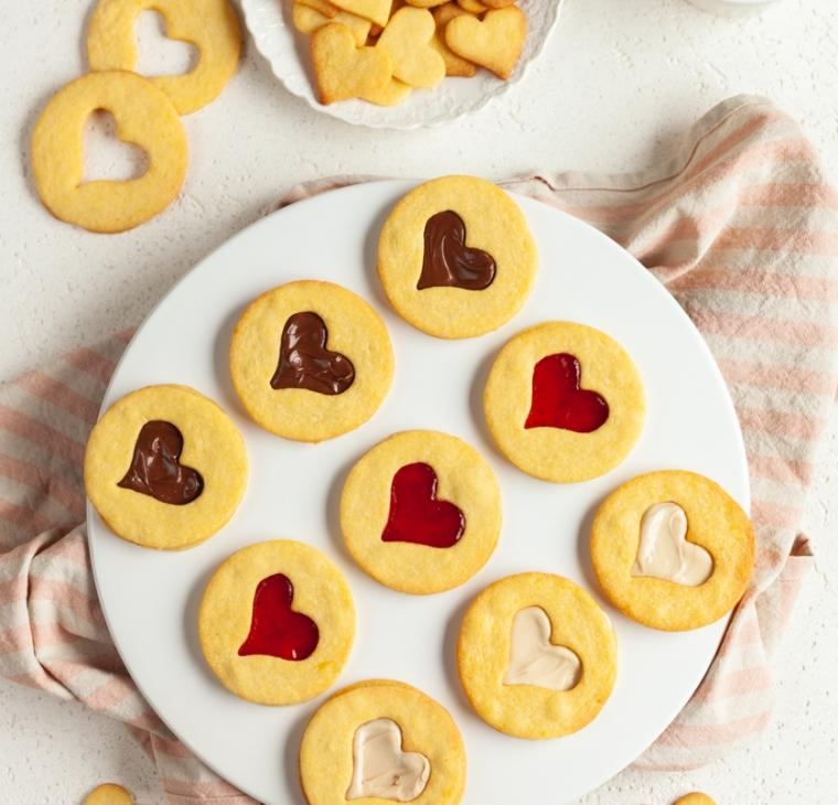 Zaljubljeni linški piškoti s srčkom