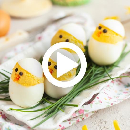 Velikonončna nadevana jajca piščančki