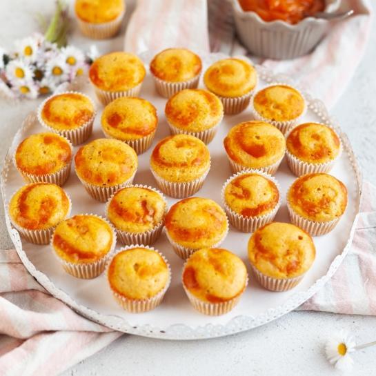 Preprosti korenčkovi mini kolački