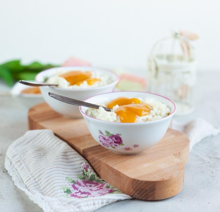 Mlečni riž z marelično kašo