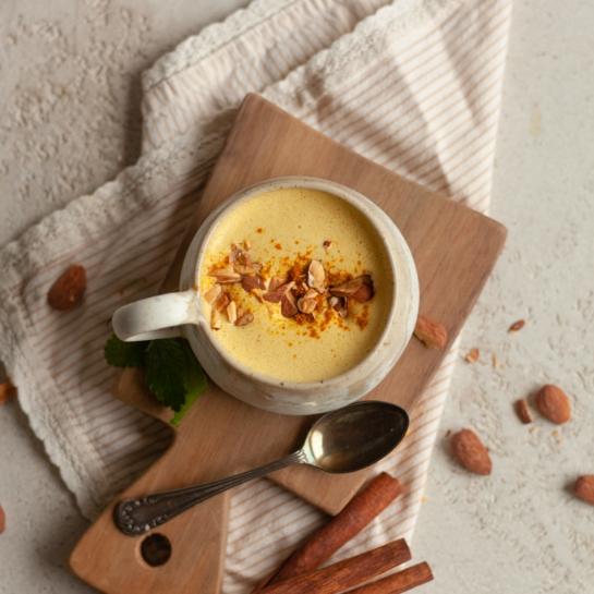 Zlato mandljevo mleko