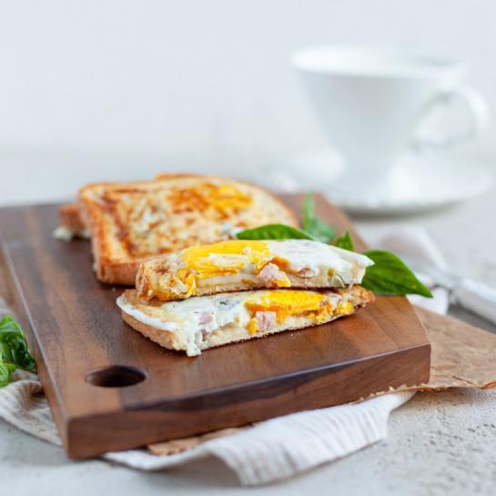 Zajtrk jajčni popečeni kruhki